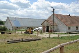 Opravena-strecha-kravina